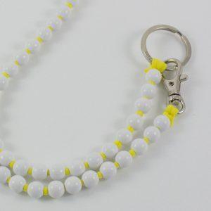 Ina Seifart Schlüsselanhänger lang weiße Perlen