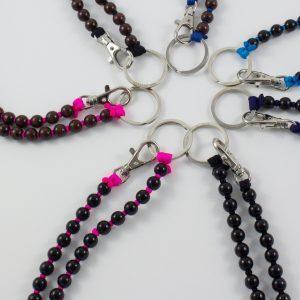 Ina Seifart Schlüsselanhänger lang braune Perlen