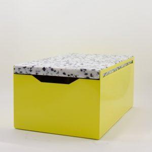 MyKilos Brotbox aus Metall mit Schneidebrett