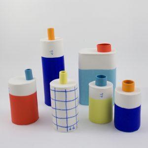 Eric Hibelot Vase H 10,5cm blau-orange